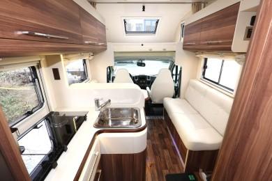 Caravan using VEKAPLAN sheets